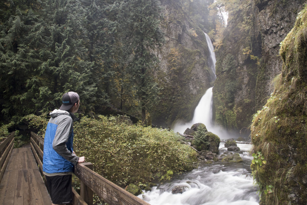 The hike to Wahclella Falls is just a quick 1-mile (2 mile round trip) jaunt from the Historic Columbia River Highway.