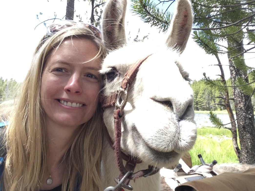 With such a cute four-legged friend, how can you resist taking another #LlamaSelfie?