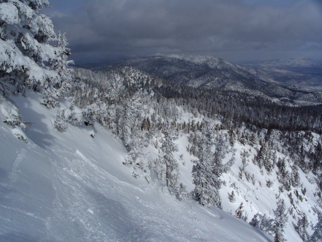 Heavenly's Killebrew Canyon features one of the more challenging runs in California.