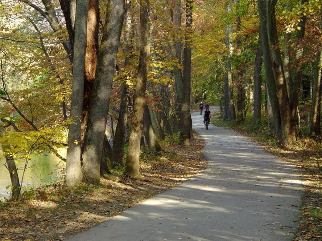 The 9-mile Pennypack Trail has several offshoots to help increase your mileage.