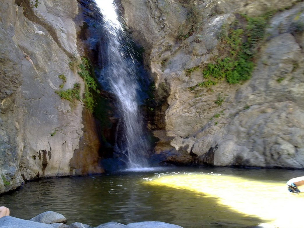 Eaton Canyon Natural Area Park And Nature Center Hiking