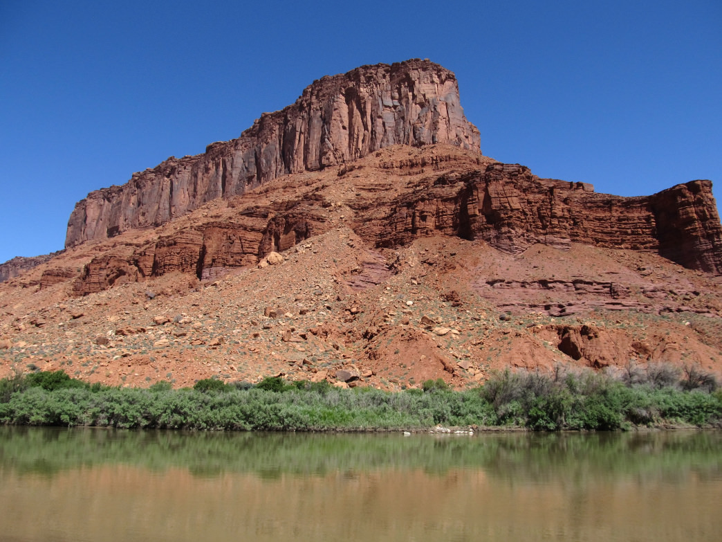 The Moab Daily is one of the most popular rivers to paddle in Utah thanks to easy access and incredible views.