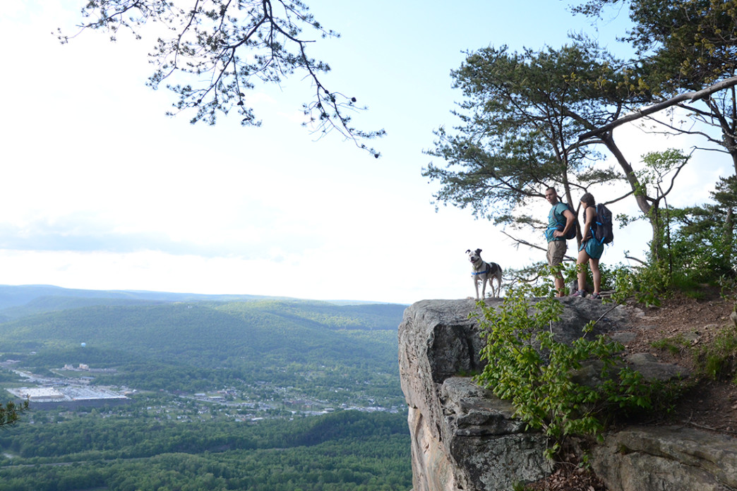 House On Top Of Lookout Mountain: Hiking From Cravens House To Sunset Rock: A Chattanooga