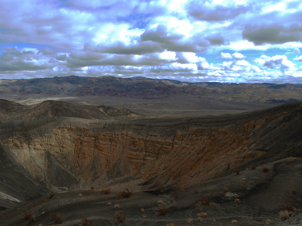 Ubehebe Crater.