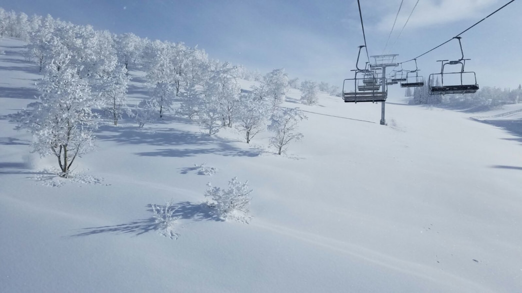 The accurately named Powder Mountain features a wide variety of intermediate runs.
