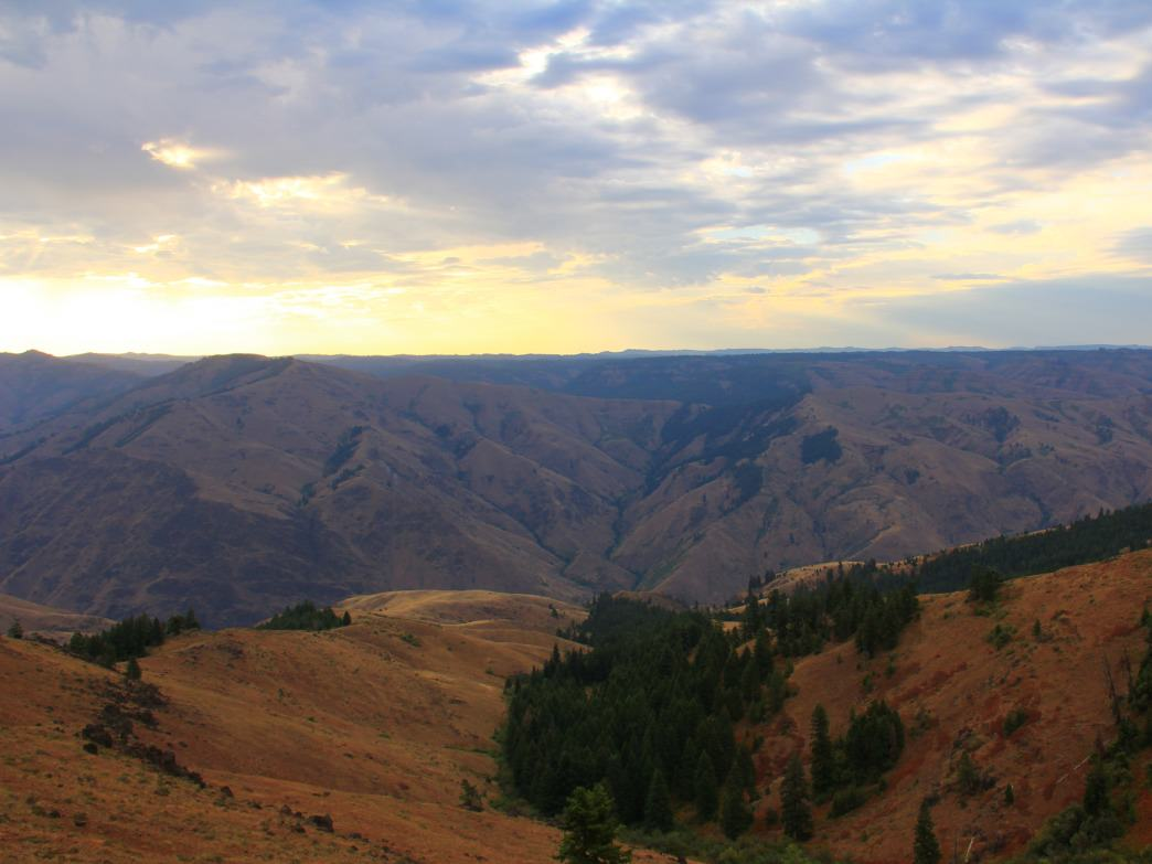 Hells Canyon is so expansive, it spans two states.