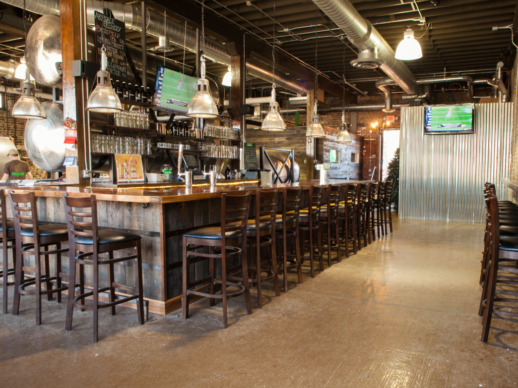Beautiful interior of Avondale Brewing Company invites thirsty patrons.