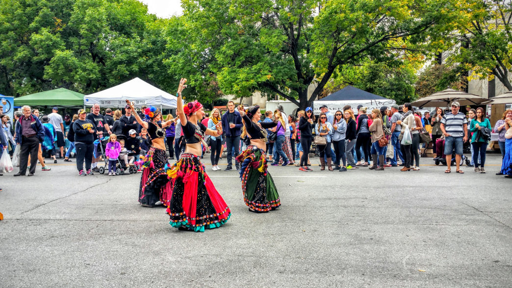 Belly dancers at Des Moines farmers market.