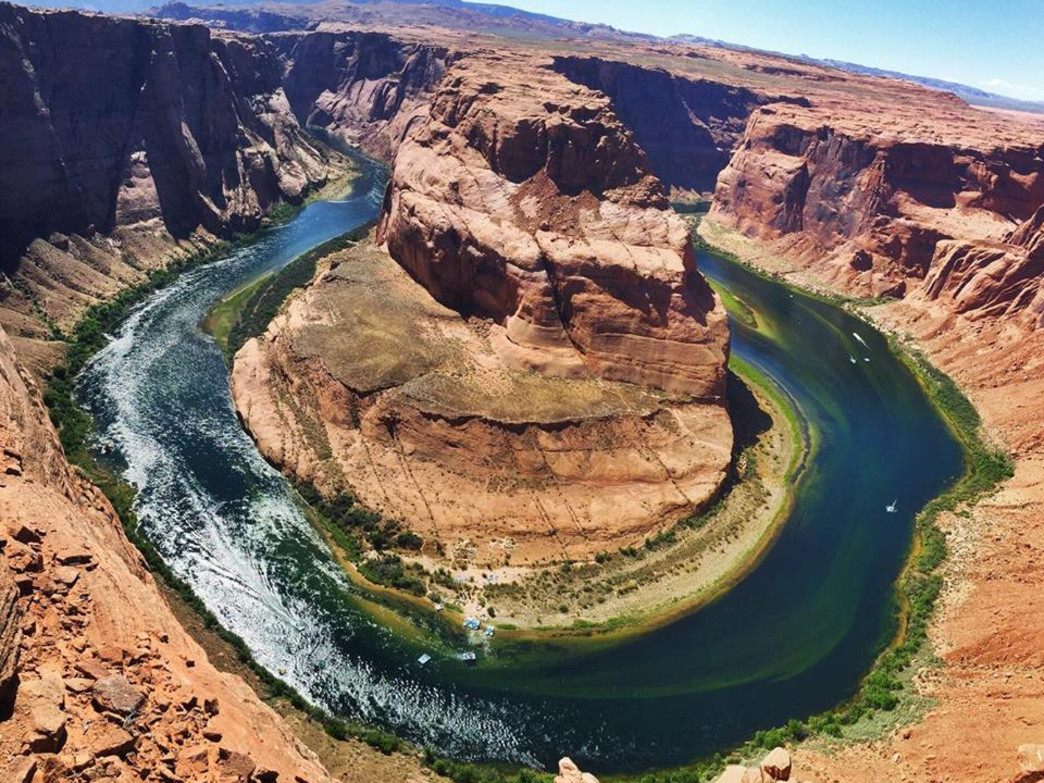 Easiest detour decision ever at Horseshoe Bend.
